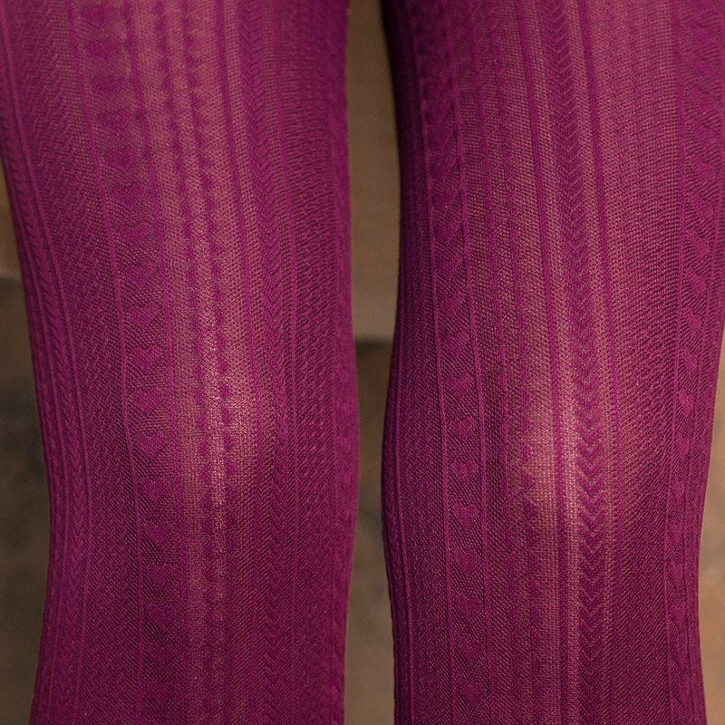 patterned tights close-up knees