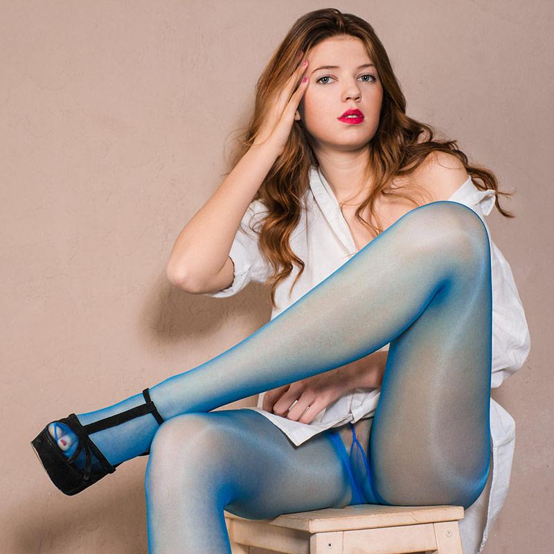 Women in pantyhose. PRO-KOLGOTKI 2015-06